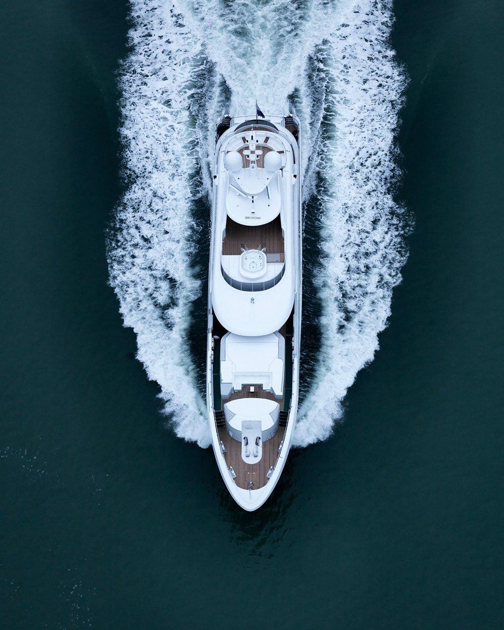 14216-heesen-yachts-deliver-superyacht-asya